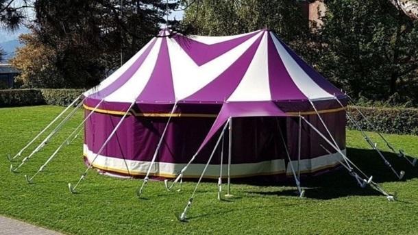 Kleines Zirkuszelt für Kinderzirkusprojekte