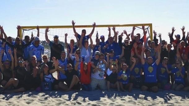 Völkerballmeisterschaft am Strand zu Gunsten der Kinderkrebshilfe