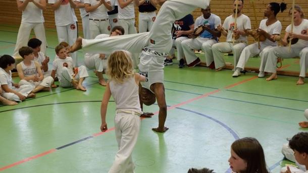 Berimbau - Capoeira Musikinstrumente für Kinder