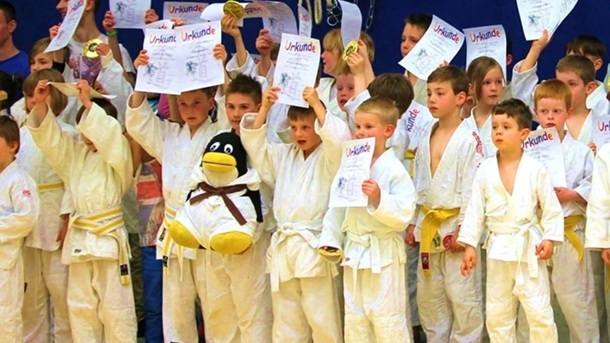 Neue Judomatten: 100 m², die uns die Welt bedeuten.