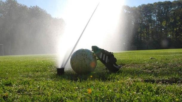 Automatische Bewässerung für den Rasenplatz in Lichterfeld