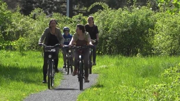 Grüner Radweg als Pfad der Erfindungen