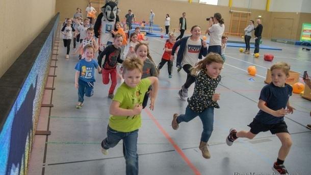 "Wir bewegen Kita-Kids - Erstausstattung ""Wolfis Ballschule"""
